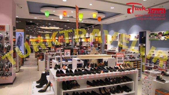 فروشگاه کفش FLO در وان
