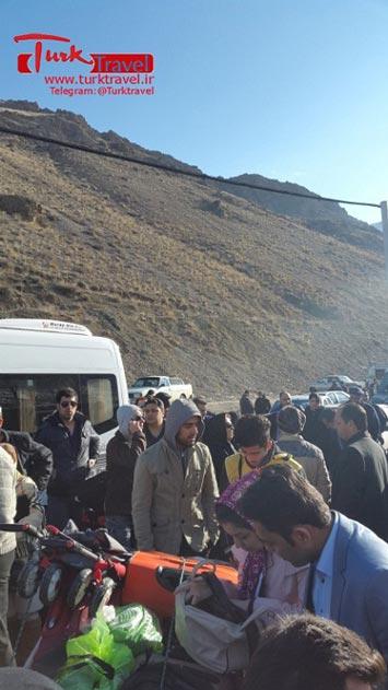 ساعات کاری مرز رازی - سفرنامه نوروزی وان از خانم مهرنوش
