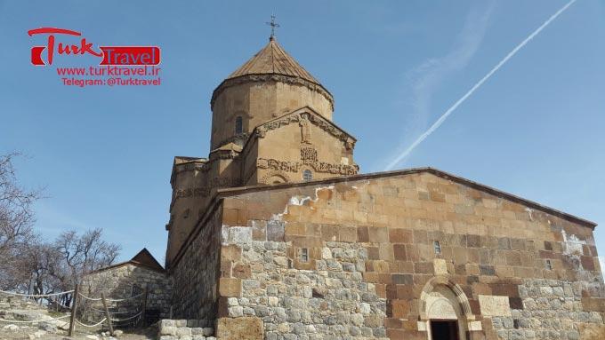 تاریخچه کلیسای آکدامار