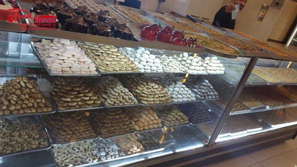 شیرینی فروشی وان