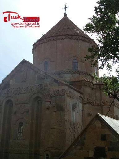 کلیسای آکدامار - سفرنامه مصور آقای عارف به وان