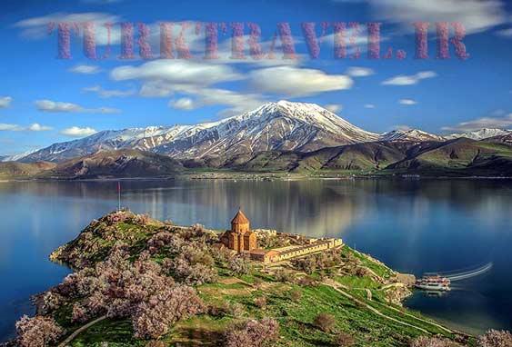 دریاچه ی وان