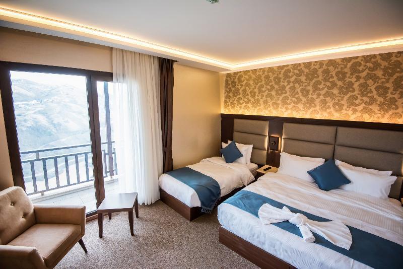 هتل Sera Lake