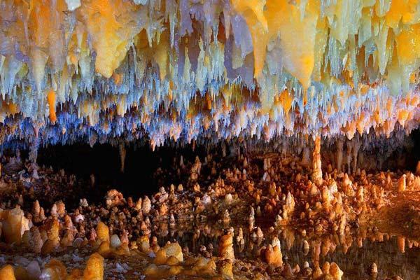 غار کتله خور در کدام استان واقع شده است؟